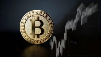Bitcoin price crash sees cryptocurrency lose 10 per cent of its value in less than 24 hours
